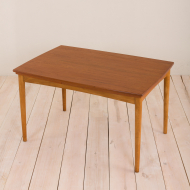 2020-Danish teak extension table with rounded edges-11