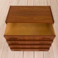 2051 Chest of 4 drawers from P. 2051 Westergaard Møbelfabrik, Silkeborg, Denmark-10