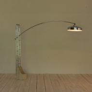 2062 chromowana lampa stojąca na trawertynowej bazie-2
