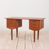 21034--Danish teak desk free standing with 6 shelves, 60s-Duńskie wolnostojące biurko tekowe mid century z 6 szufladami, lata 60.-