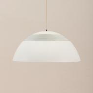 21040-Small White SAS Royal pendant lamp Arne Jacobsen-1