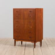 21158 Danish mid century dresser in teak, vintage chest of drawers, 1960s-1
