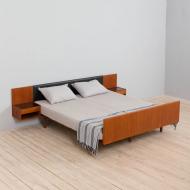 21161 Hans Wegner bed for Getama, teak queen size bed with night tables, Denmark, 70s-2