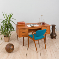 21251 Danish free standing teak desk with curved top and 6 drawers, 1960s-1