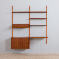 21302 Danish two bay modular wall unit with a desk, sliding doors cabinet and a display shelf in Sorensen Cadovius style, 1960s-4