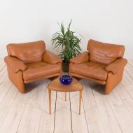 2188 air of Tobia Scarpa Cornado leather lounge chairs-1