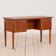 2238 Small Danish free standing teak desk with 3 drawers and cabinet, 60s-3