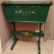 antyk skrzynia kufer niciak drewniany na nogach vintage 1944 green retro wood prl