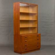Borge Mogensen bookshelf with glass-2