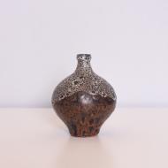 ceramiczny wazonik z wąską szyjką (1)