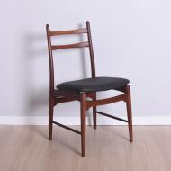 delikatne krzesłą tekowe czarny skaj (1)
