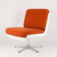 diuna-armchair-orange-space-age-futuristic-kosmiko-studio-ukos