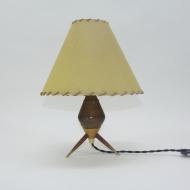 drewniana lampka z abażurem_1