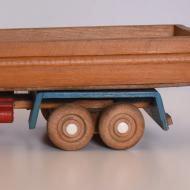 Drewniany samochódzabawka, lata 60 (4)