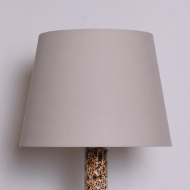 duża lampa ceramiczna stołowa beżowa biała (2)