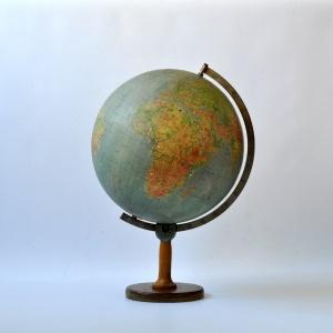 Globus (1)