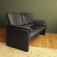 granatowa leolux sofa  g