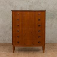 Kai Kristiansen curved front teak dresser-1
