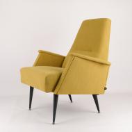 kirk-armchair-space-age-star-trek-yellow-verona-kosmiko-studio-ukos