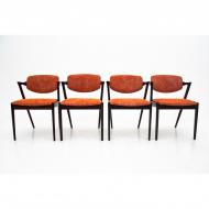 komplet-czterech-krzesel-proj-k-kristiansen-dania-lata-60 (1)