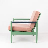 lady-stardust-vintage-archmchair-after-renovation-kosmiko-studio-memphis-style-lewy-bok