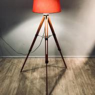 lamp-on-a-tripod-poland-80_0 (1)