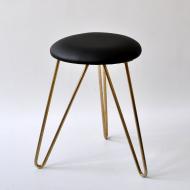 Metal stołek (1)