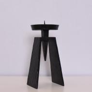Metalowy świecznik brutalistyczny (1)