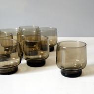 osiem dymnych szklanek1