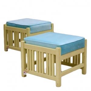 pufy-z-niebieska-poducha_antyki-sosenko_11-780x780 kopia-780x780