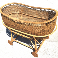 rattan bassinet on wheels franzo1