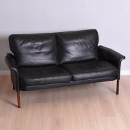 Sofa dwuosobowa, proj. H. Olsen, Dania, lata 60 (1)