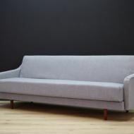 sofa-rozkladana-szara-tapicerka-mid-century-c