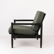 space-boy-vintage-armchair-after-renovation-kosmiko-studio-lewy-bok