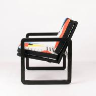 space-oddity-vintage-armchair-after-renovation-kosmiko-studio-abstact-lewy-bok