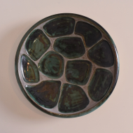 talerz z zielone plamy szary scienny (1)