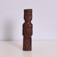 tekowa drewniana figurka totem (1)