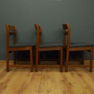 trzy tekowe dunskie krzesla lata 60 maleko 2o0
