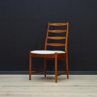 vamo-sonderborg-zestaw-szesciu-krzesel-szara-tapicerka-tekowa-konstrukcja-dunski-design-c
