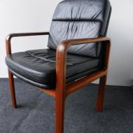 vintage-leather-armchair-from-kondor-mobel-perfektion-2.jpgz