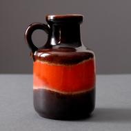 wazon z czerwienia